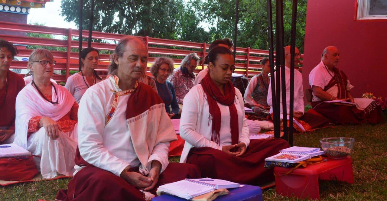 la méditation du Guru Yoga